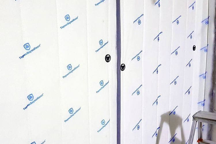 ТермоЗвукоИзол на стене